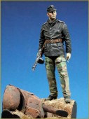 YM9001-B  SS Panzer Officer Easternfront 1944