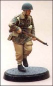 BH13  Brit. Paratrooper charging