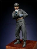 35026 Early WW2 Panzer Officer